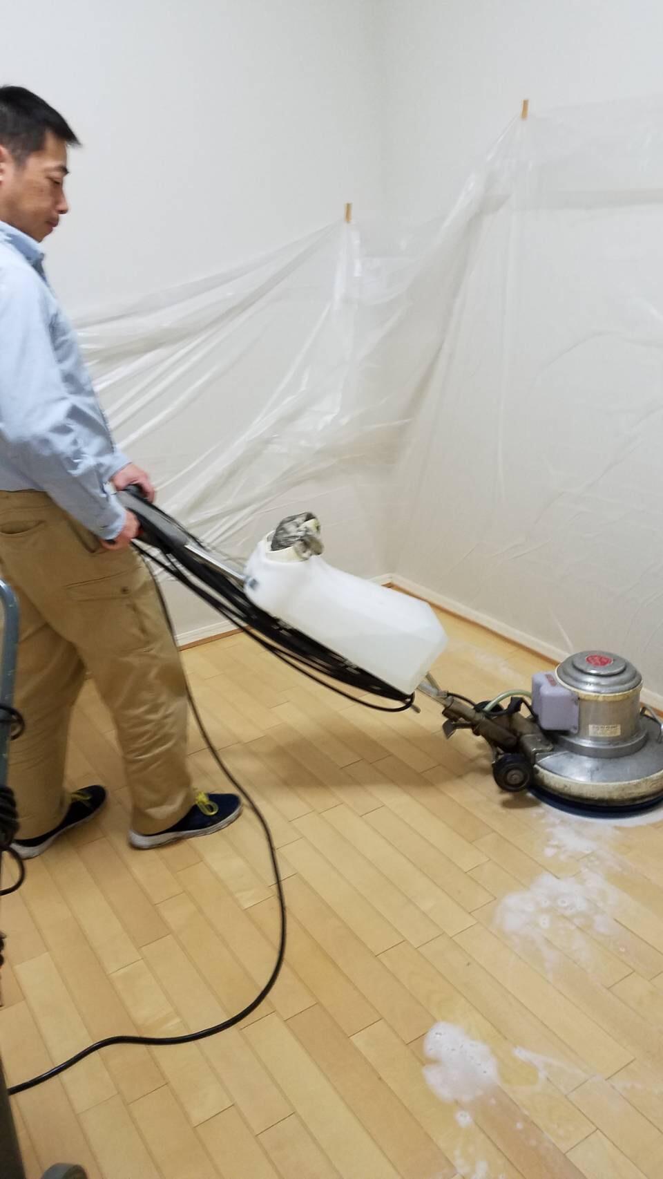 アパートなどの床清掃も承っております